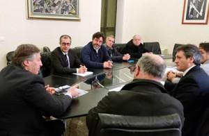 Un momento dell'incontro tra il Presidente della Provincia Gabellone e i  Sindaci ed i Tecnici comunali di Poggiardo e Minervino