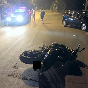 La moto all'arrivo dei carabinieri
