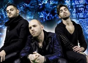 da sinistra ( Loris De Carlo alla batteria, Sergio D'Amico voce e chitarra, Federico Persano al basso)