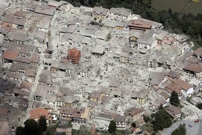 Quel che resta di Amatrice dopo la furia del terremoto