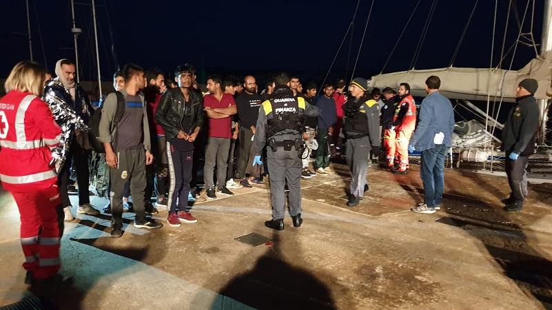 Migranti Leuca2
