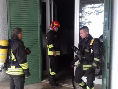 vigili del fuoco 115 incendio casa